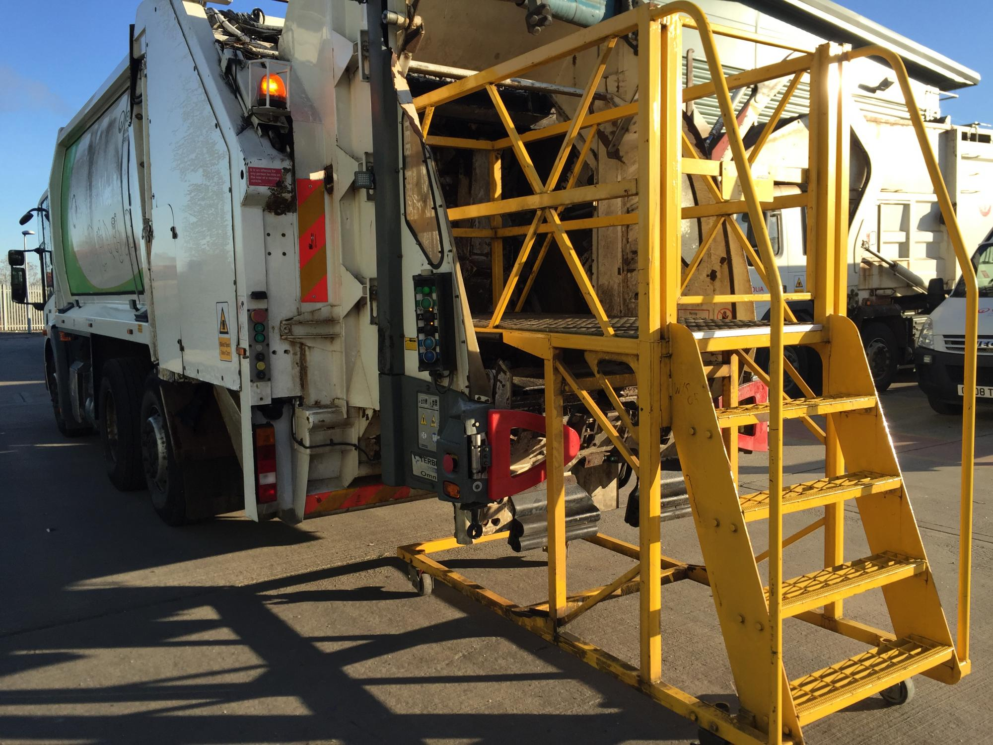 WASTE MANAGEMENT VEHICLE ACCESS PLATFORMS