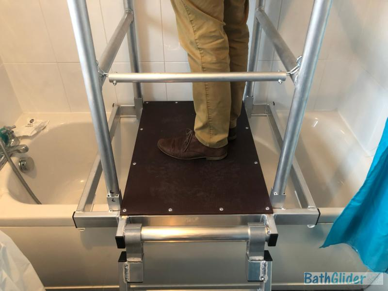 BathGlider – The over bath access platform