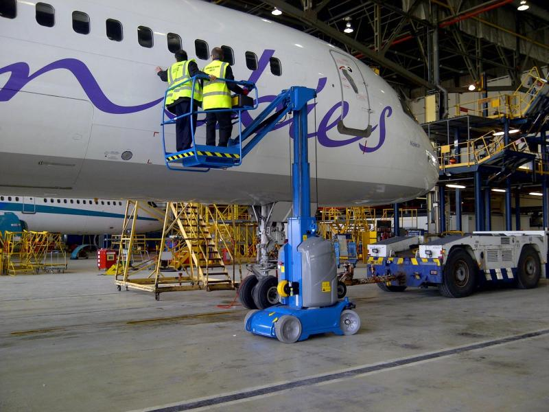 Aircraft, APU and MRO Access Platforms