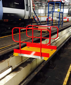 Rail Depot Pitboards with Handrails
