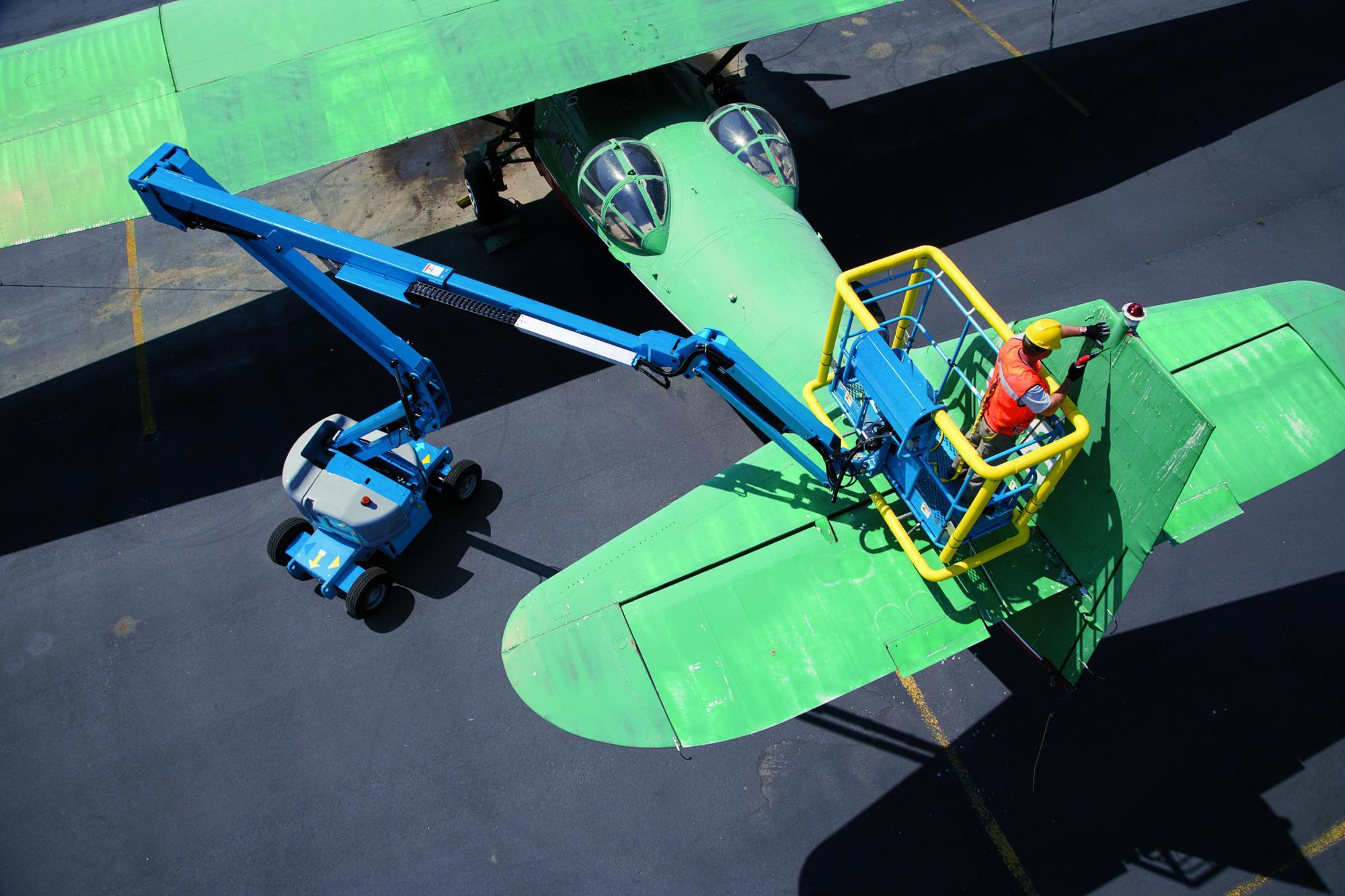 Genie® Z45 / 25J (JIB) Articulated Boom Lift