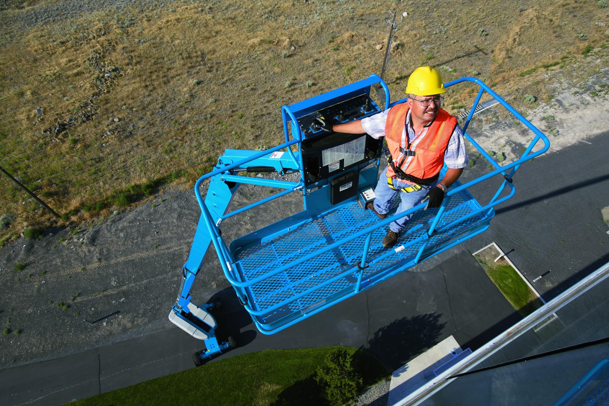 Genie® S-120 Telescopic Boom Lift
