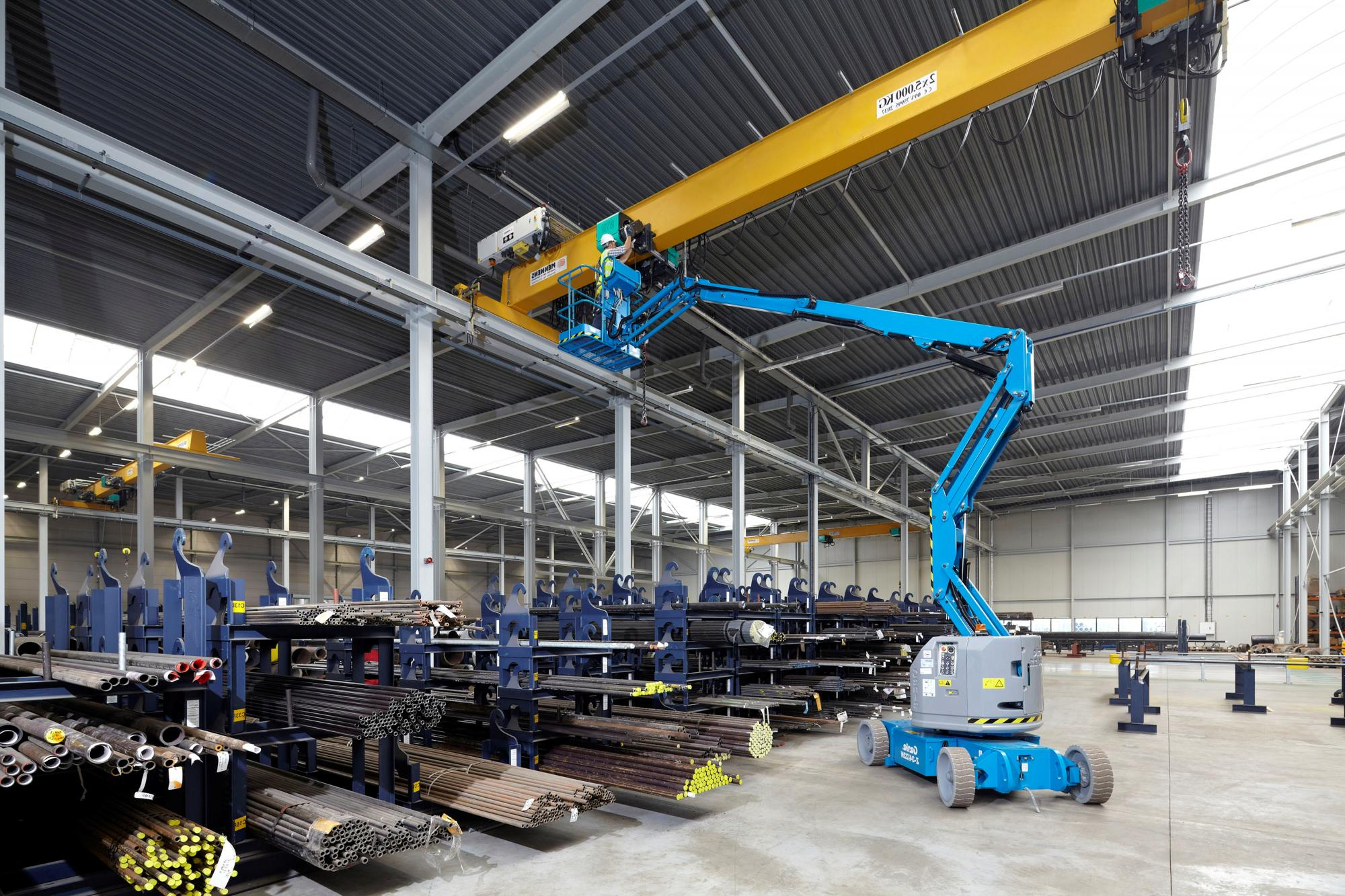 Genie® Z34 / 22IC Articulated Boom Lift