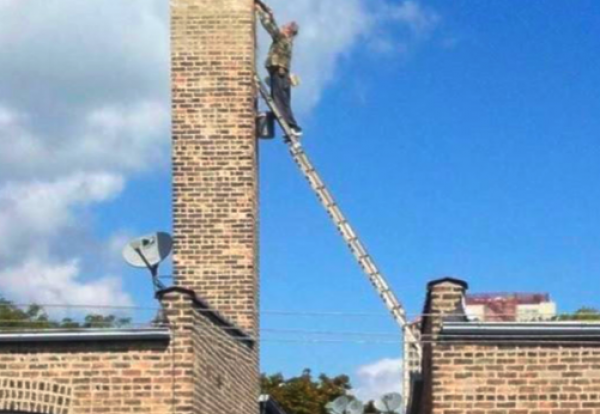Biggest Ladder Idiot Working At Height